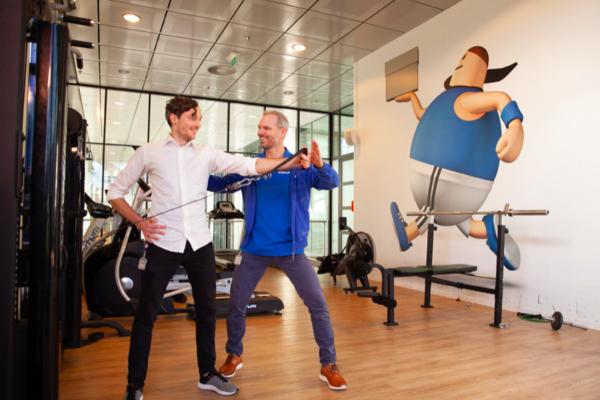 Fysiotherapie bij bedrijven